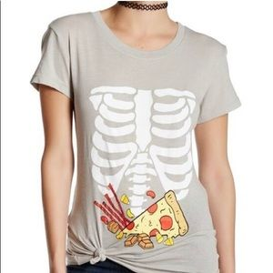 WILDFOX Tshirt Skeleton Pizza Licorice Candy Corn